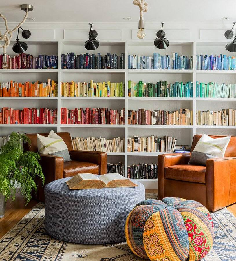 книги по цветам в библиотеке