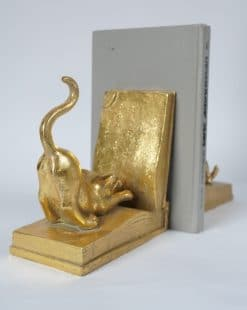 подставка для книг золотая