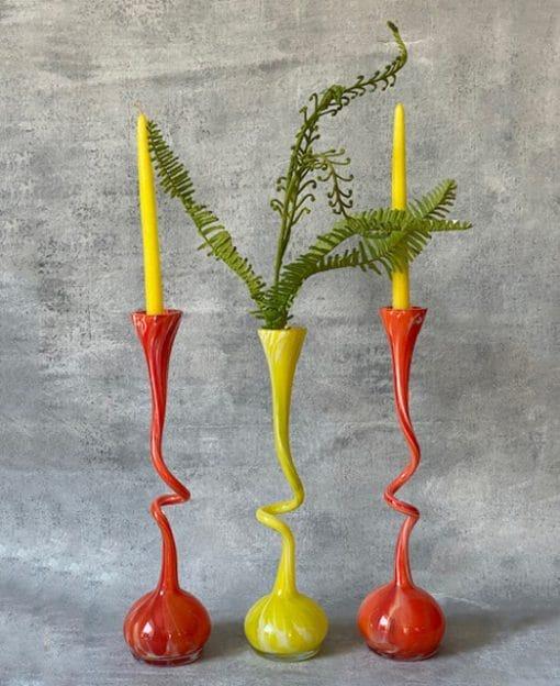 ваза для цветов яркая