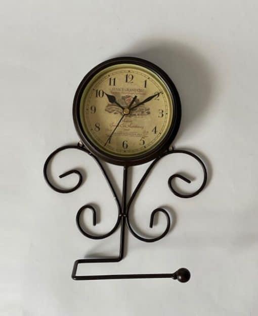 часы под винтаж в кухню