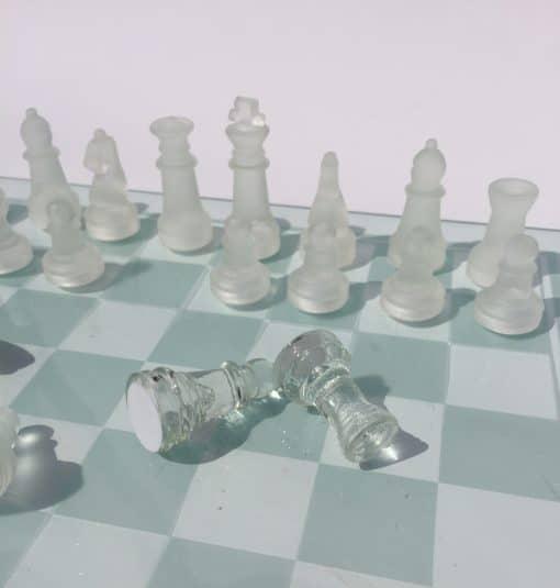 купить стеклянные шахматы