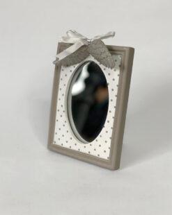 зеркало настольное для девушки