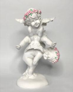 статуэтка ангелы играющие в чехарду