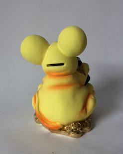 желтая мышка копилка