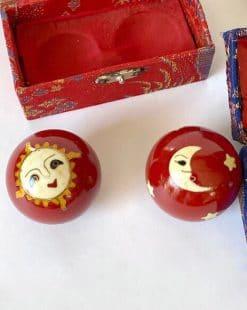 шары китайские в шкатулке