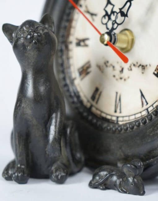 часы кот с мышкой на стол