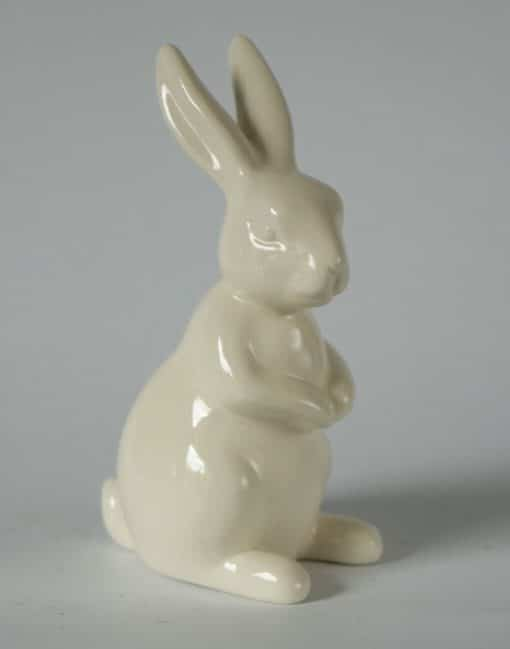 фигурка кролик