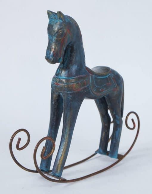 подарок ребёнку конь-качалка