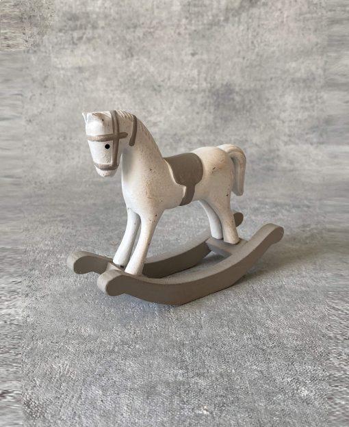 лошадка статуэтка
