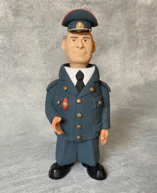 статуэтка милиционер