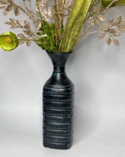 ваза серо-голубая декоративная