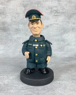 статуэтка пожарный подарок
